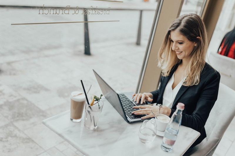 Annak, aki szeretne jól megélni az online marketing területeiből